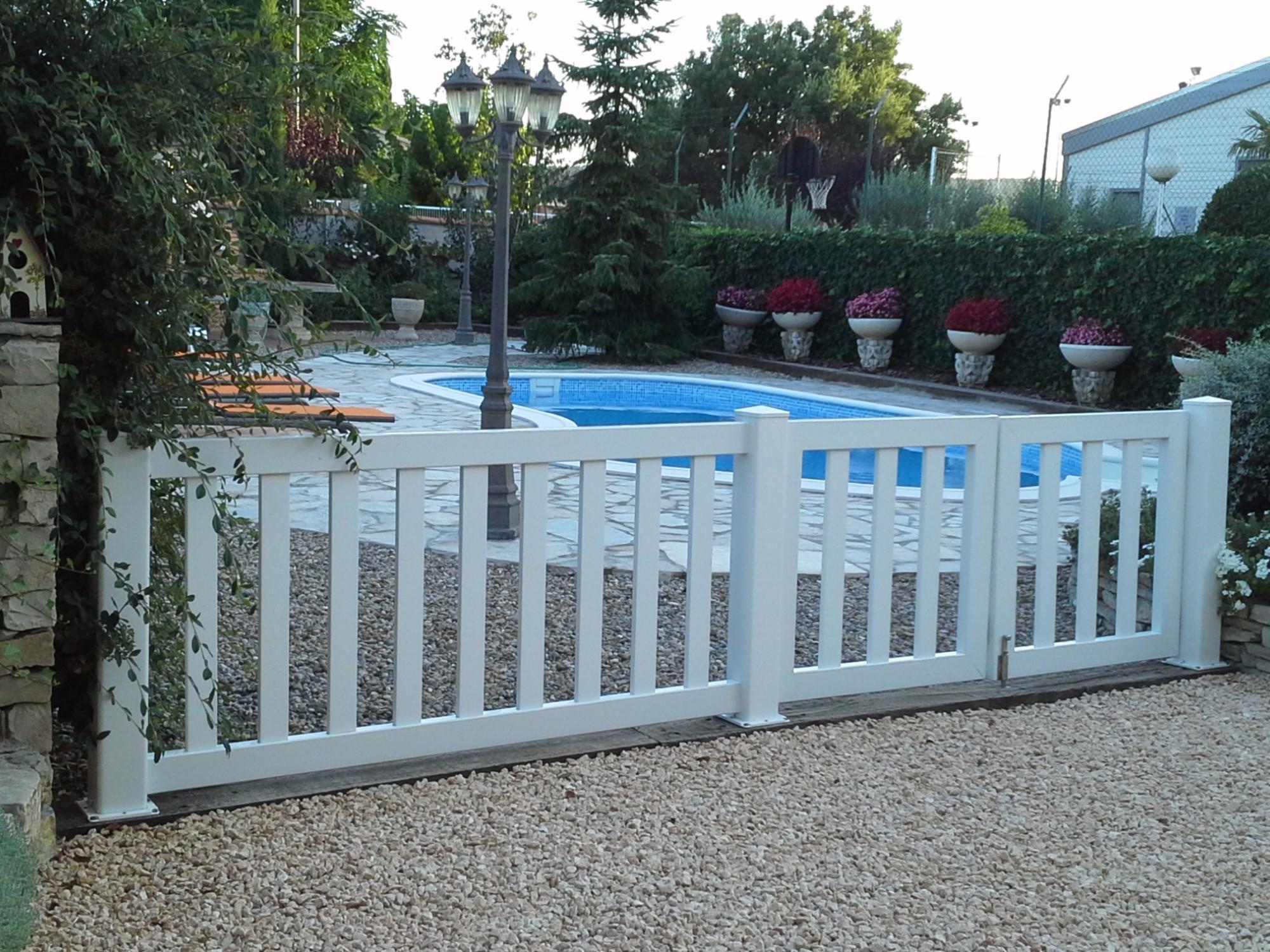 Valla de piscina - Vallas jardin pvc ...